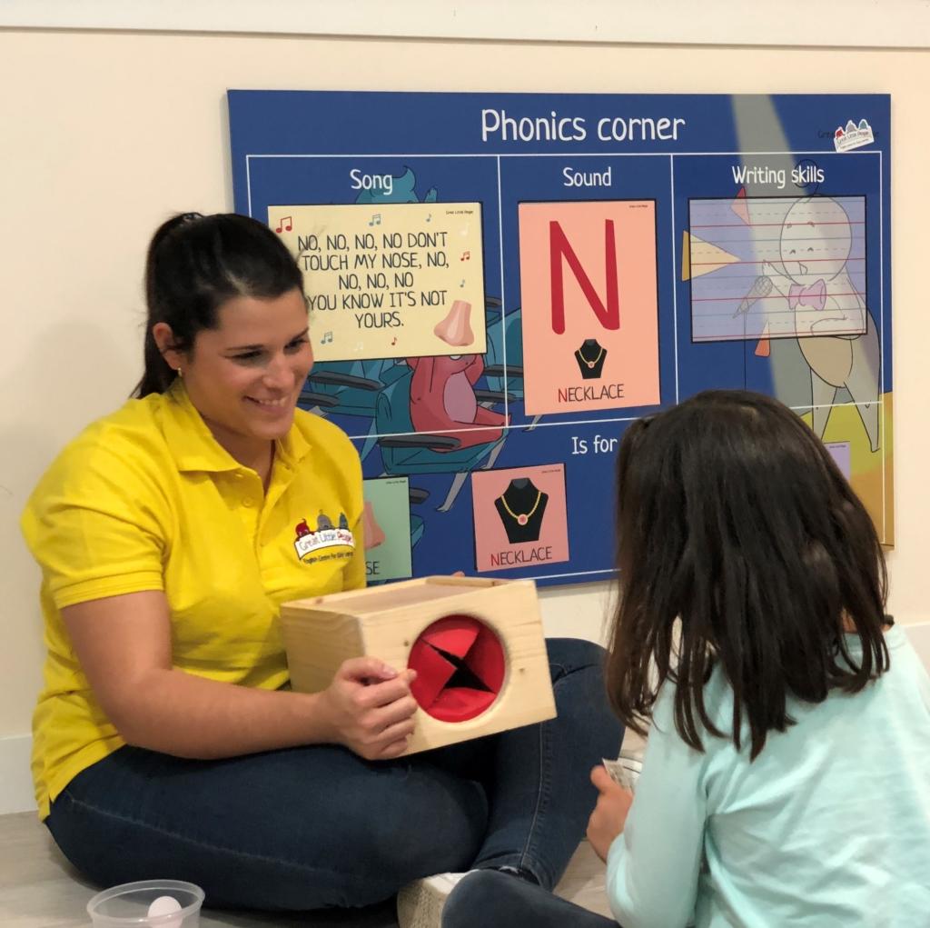 Con nuestra Mystery box los niños experimentan y aprenden de una forma lúdica y dinámica
